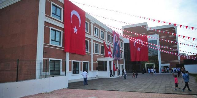 Orhangazi'nin ilk özel okuluna görkemli açılış