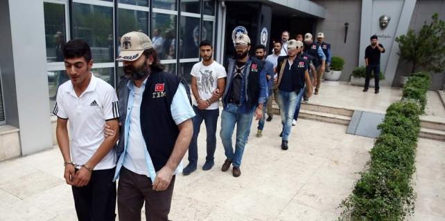 Bursa'da PKK propagandasına 5 tutuklama...