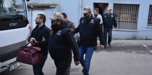 Bursa'da FETÖ'cü 16 öğretmen tutuklandı