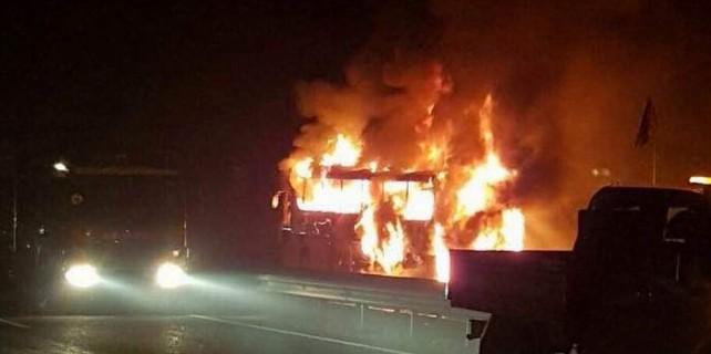Bursalı firmanın otobüsü alev alev yandı