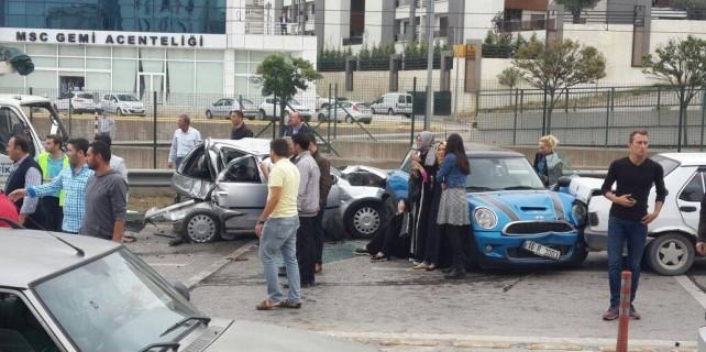 Mudanya Yolu'nda korkutan kaza 11 yaralı