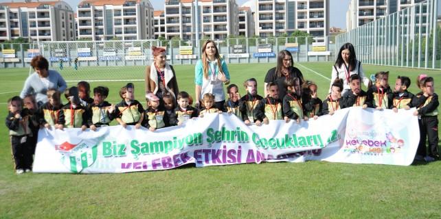 Bursaspor antrenmanında renkli görüntüler