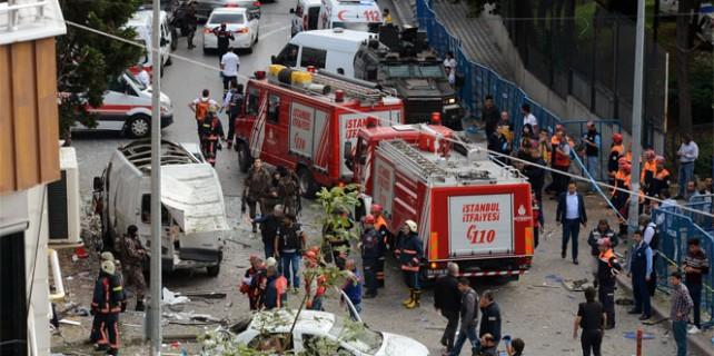 İstanbul'da şiddetli patlama 10 yaralı