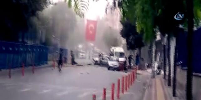 Patlamanın hemen sonrası yaşananlar kamerada