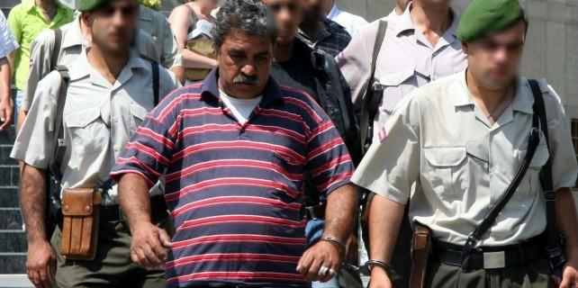 Bursa'da kızının nikahsız eşini öldürmüştü...