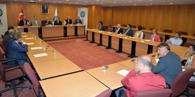 Uludağ Üniversitesi, Halkbank ile maaş protokolü imzaladı
