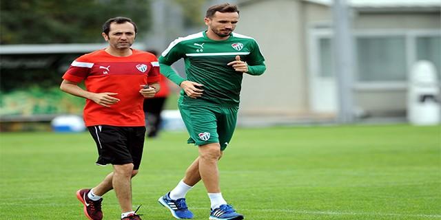 Bursaspor'da Sivok takımdan ayrı çalıştı