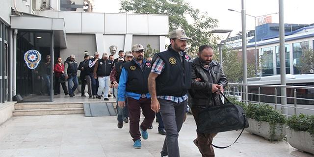Bursa'da Bylock kullanıcısı 18 kişi hakim karşısında