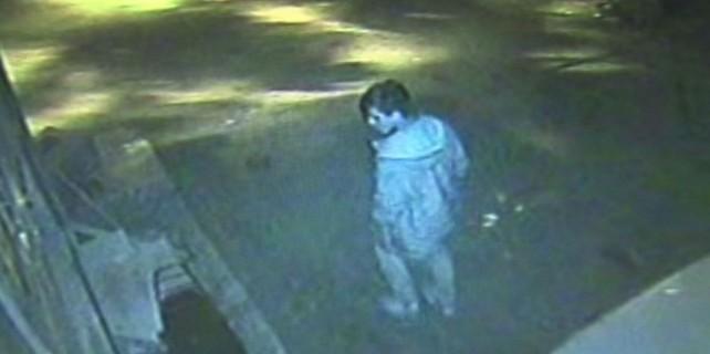 Vicdansız hırsız güvenlik kamerasına yakalandı