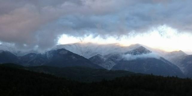 Uludağ'ın zirvesine sezonun ilk karı