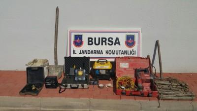 BURSA'DA DEFİNECİLERE SUÇÜSTÜ