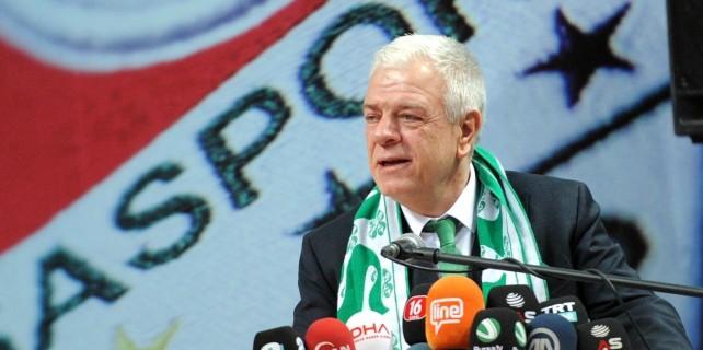 Ali Ay: Futbolculara şahsi çek karnesinden ödeme yaptık
