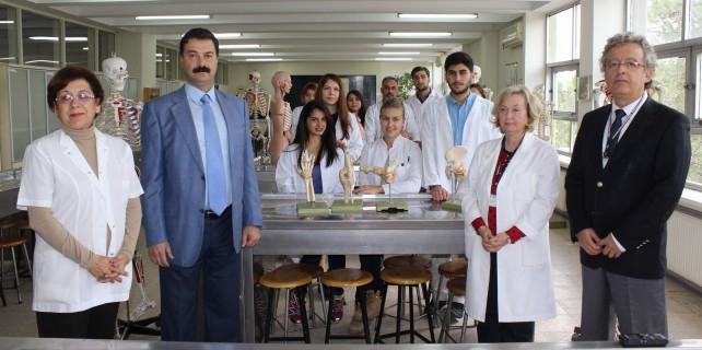 Uludağ Üniversitesi'nden ev fiyatına kadavra ithalatı
