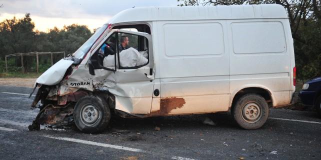 Bursa'da pazar yolunda feci kaza!
