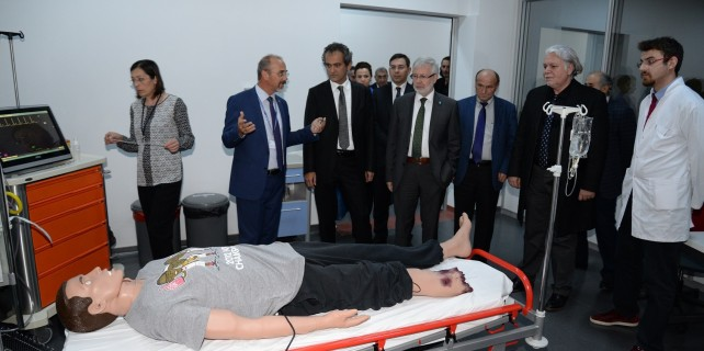 Uludağ Üniversitesi örnek olmaya devam ediyor