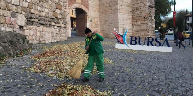 Lodos Bursa'yı savurdu...