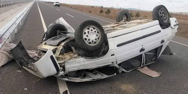 Damat düğün günü kazada öldü