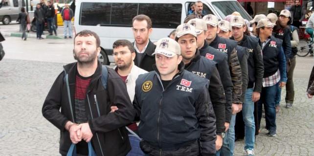Mülteci kılığında Midilli'ye kaçan Bursa imamı tutuklandı