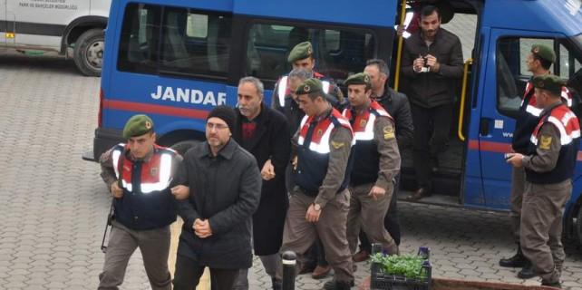 Bursa'da bylock'a 3 tutuklama