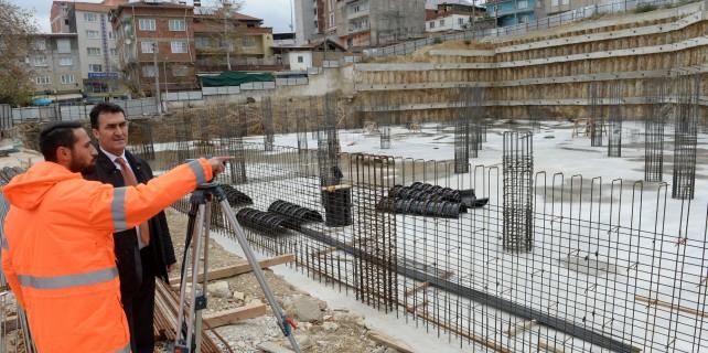 Demirtaş'ta meydan çalışmaları sürüyor