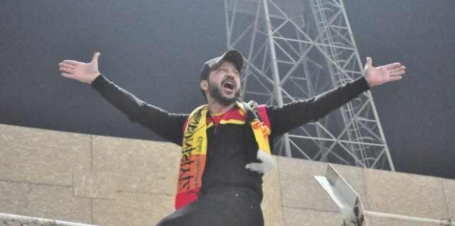 İçerde'nin Davut'undan Göztepe'ye destek