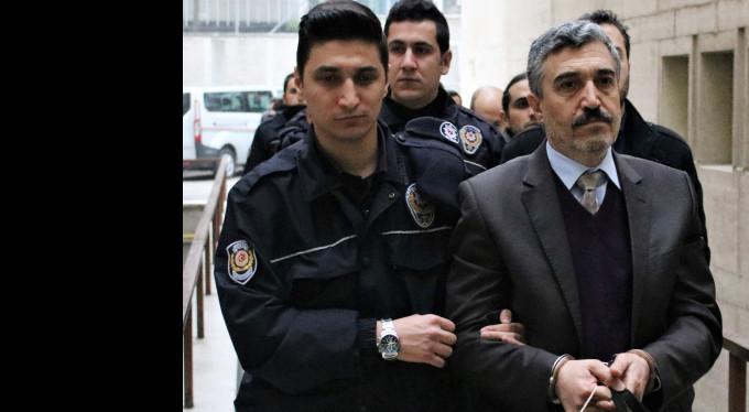 Bursa'da 7 akademisyen FETÖ'den tutukandı