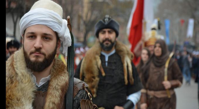 Bursa'da Diriliş Ertuğrul coşkusu