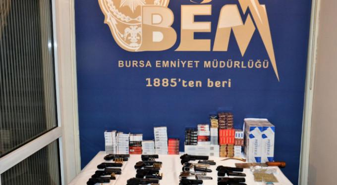 O cephanelik Bursa'da ele geçirildi!