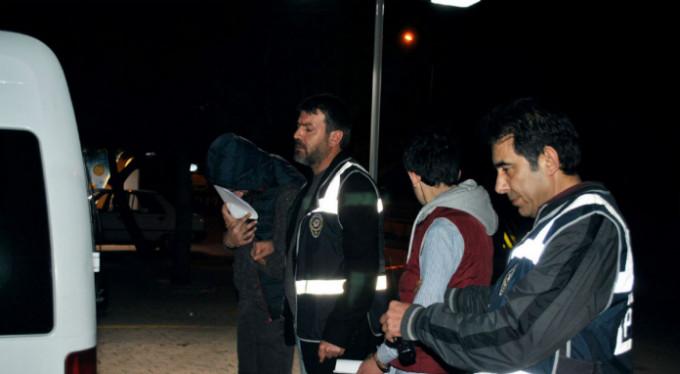 Kredi kartı dolandırıcıları Bursa'da yakalandı!