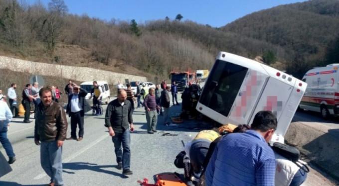 Korkunç kazada ölenlerin kimlikleri belirlendi