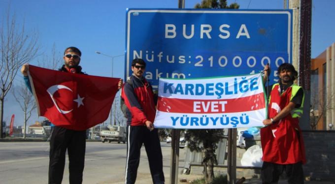 1071 kilometre yürüyecekler! Bursa'ya ulaştılar...