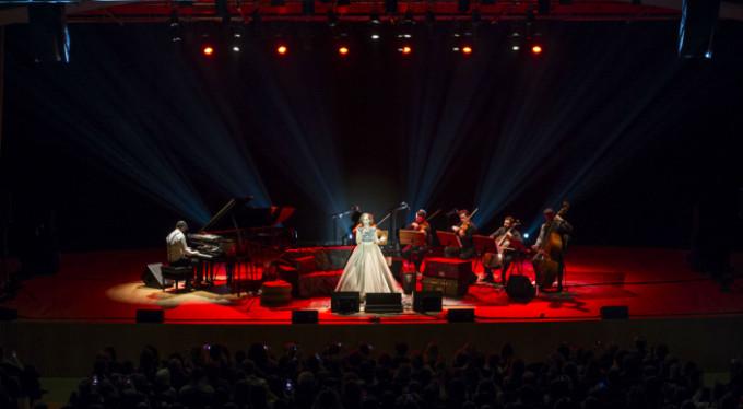Ünlü şarkıcı Bursa'ya geliyor!