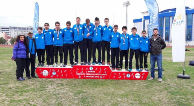 Atletizmde Osmangazi şov