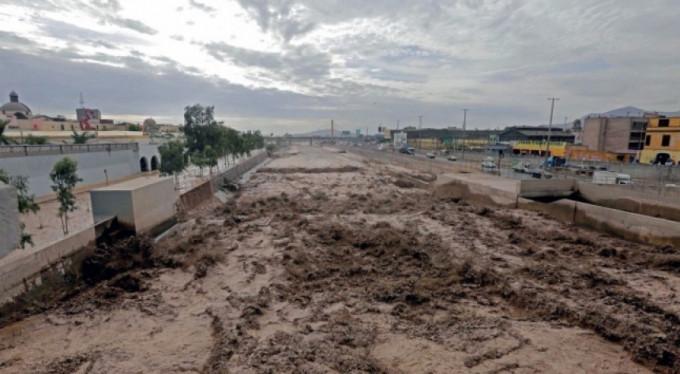 Peru'da sel faciası: 48 ölü
