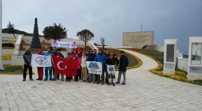 Çanakkale şehitleri için Bursa'da yürüdüler!