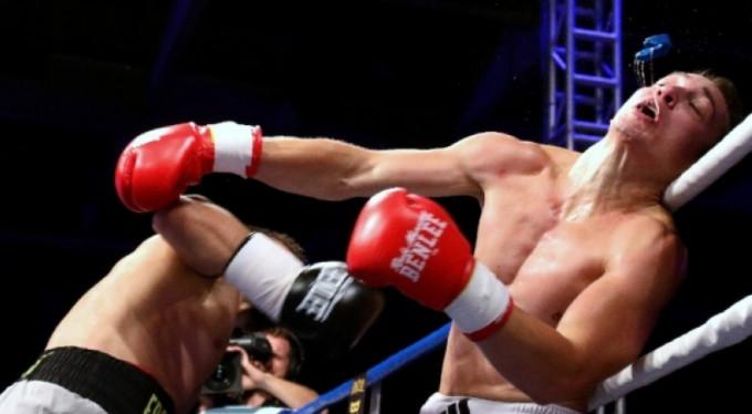 Türk boksörler Avrupa'yı sarstı!