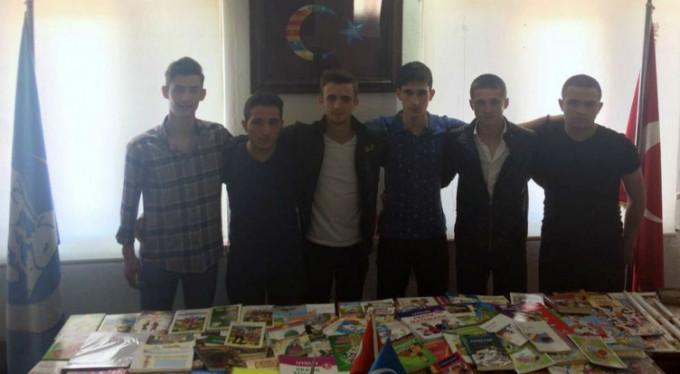 Bursa'dan Muş'a kitap yardımı