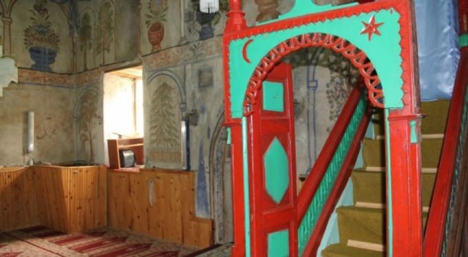 500 yıllık camiye ziyaretçi akını