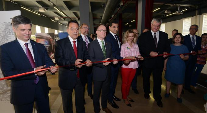 Ukrayna'nın hediyeleri Bursa'da sergileniyor