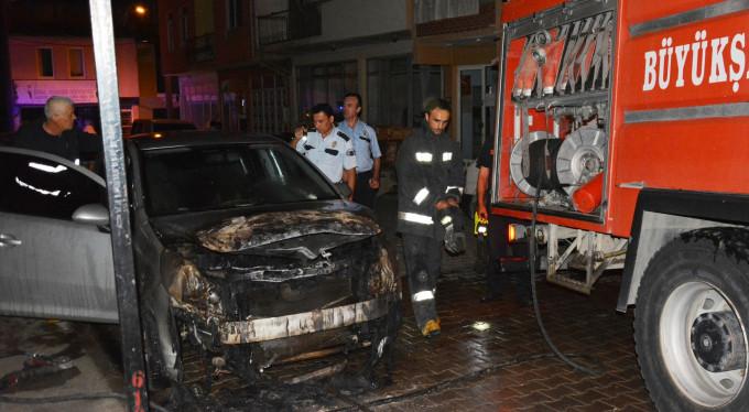 Bursa'da 4 gün arayla 2 araç yandı