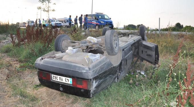 Bursa'da bakın araca ne takla attırdı! 4 yaralı