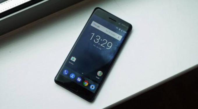 Efsane geri dönüyor işte Nokia 8