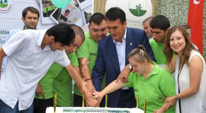Bursa'da engelli öğrencilerin sertifika heyecanı