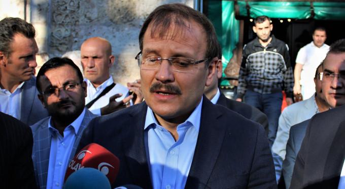 """Çavuşoğlu: """"Yardıma ihtiyacı olana ulaşmaya çalışıyoruz"""""""