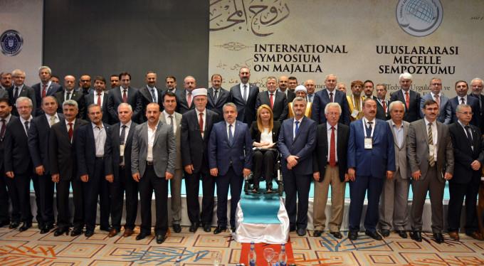 Çavuşoğlu, Bursa'da Mecelle Konferansı'na katıldı