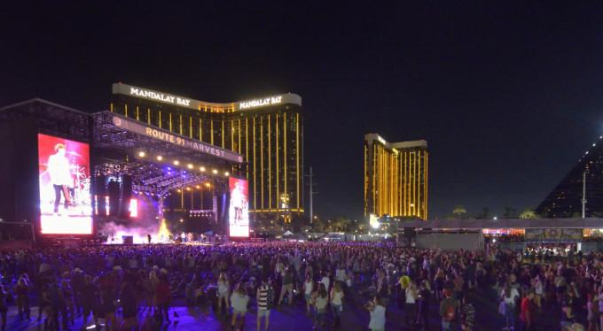 Las Vegas'ta ölü sayısı 50'ye yükseldi!