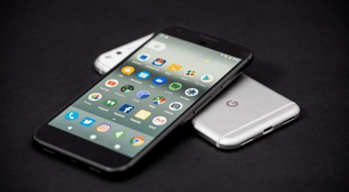 İşte Google'ın yeni telefonları!