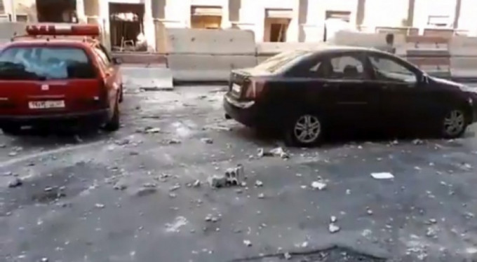 Şam'da eş zamanlı intihar saldırısı!