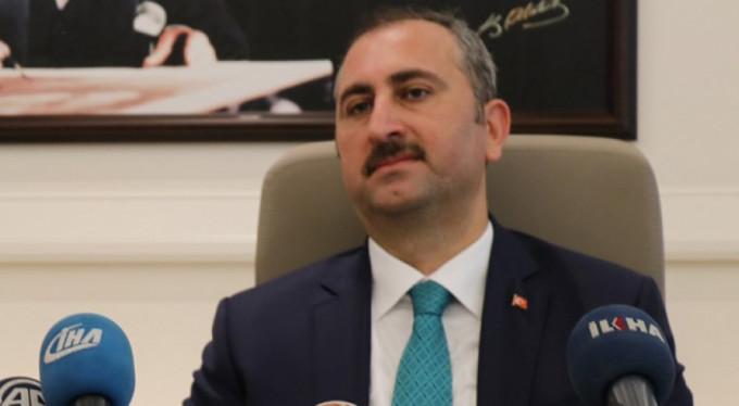 Adalet Bakanı'ndan tutuklu ABD'li açıklaması