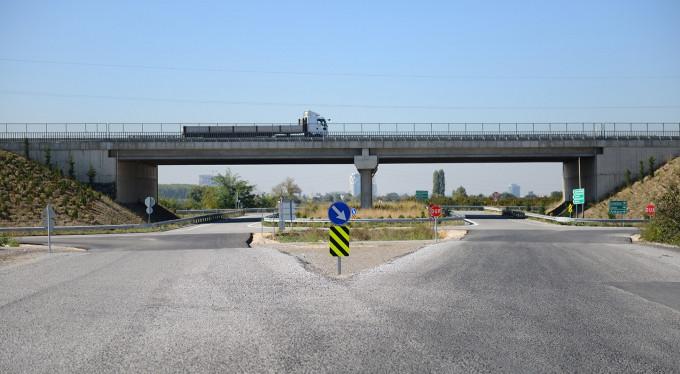 Bursa'da trafiğe neşter